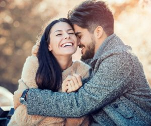 10 Perkara Yang Membuatkan Lelaki Jatuh Hati Hanya Dalam 10 Saat
