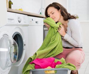 Cara Mencuci Pakaian Dengan Betul Supaya Tidak Berbau Hapak