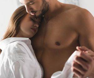 Aktiviti Romantis Di Kamar Yang Lelaki Suka