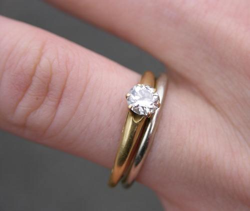 cincin-pertunangan-1