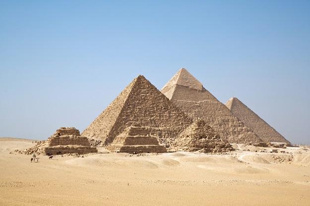 All_Gizah_Pyramids2