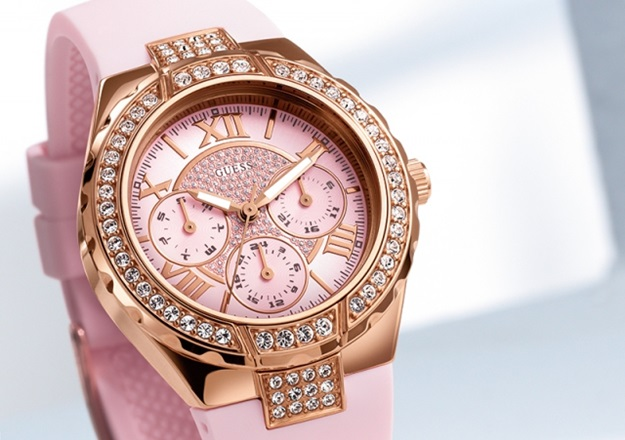 guess-pink-watch-2014-close-up