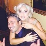 Lady Gaga Bertunang