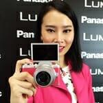 Panasonic Lumix GF7 Mudahkan Pengguna Untuk Selfie