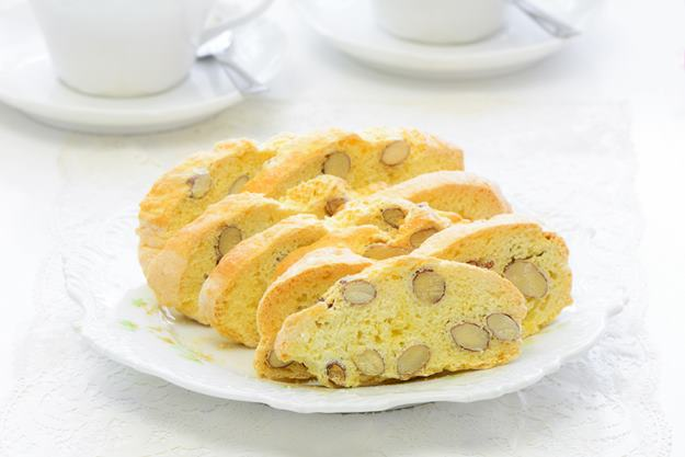 biskut raya