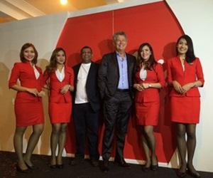 David Foster Sebagai Duta Global AirAsia