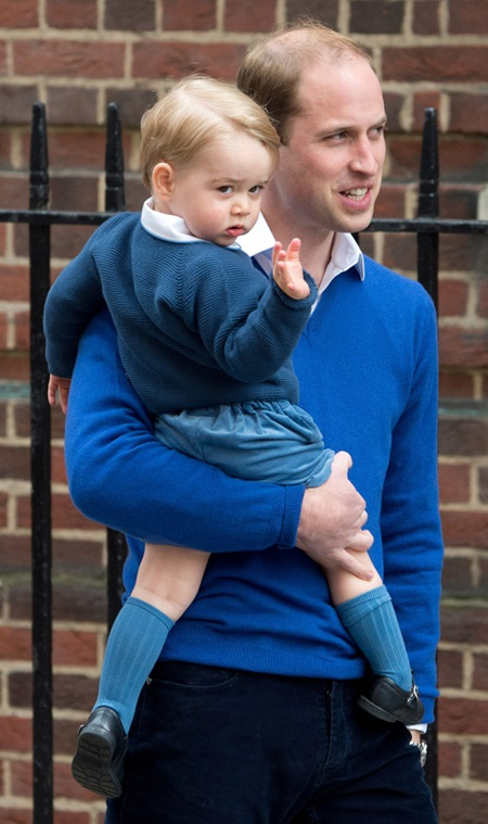 May 2nd, 2015 - London Prince William and Prince George arrive at The Lindo Wing ****** BYLINE MUST READ : © Spread Pictures ****** ****** No Web Usage before agreement ****** ****** Stricly No Mobile Phone Application or Apps use without our Prior Agreement ****** Enquiries at photo@spreadpictures.com