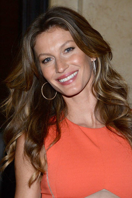 UNEP Goodwill Ambassador Gisele Bundchen attends award ceremony for Eco Trailblazers for Pioneering and Inspirational Environmental Action at the Museum of Natural History in New York, NY, on September 18, 2013. (Photo by Anthony Behar/Sipa USA)