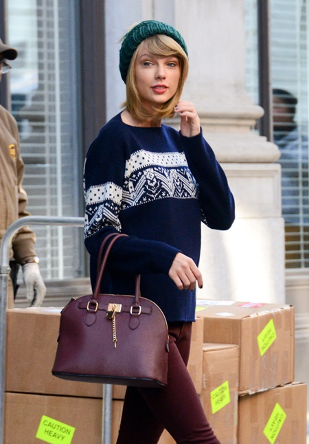 """51584171 """"Blank Space"""" singer Taylor Swift leaves her apartment on November 13, 2014 in New York City, New York. Taylor's friend Lorde came to her defense yesterday, after she was attacked on Twitter by Diplo, Katy Perry's boyfriend. It began when Diplo took a crack at Swift, suggesting """"Someone should make a kickstarter to get taylor swift a booty."""" After seeing the post, Lorde knocked some wind out of his sails with this: """"@diplo should we do something about your tiny penis while we're at it hm."""" FameFlynet, Inc - Beverly Hills, CA, USA - +1 (818) 307-4813 RESTRICTIONS APPLY: NO GERMANY,NO FRANCE"""