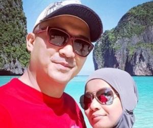 Gambar Percutian Aaron Aziz &  Isteri Di Thailand