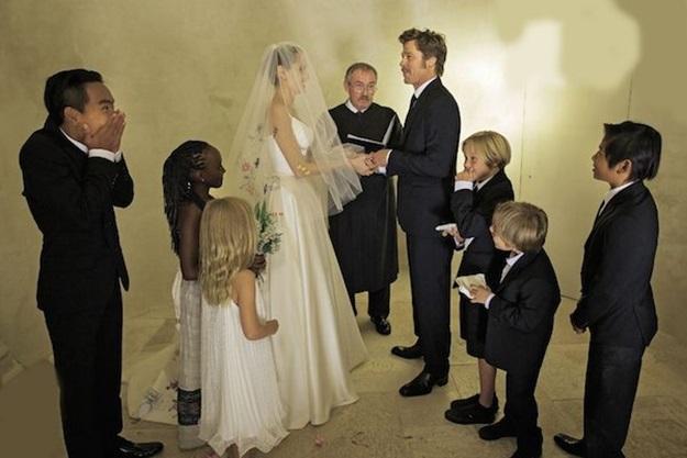 Angelina-Jolie-and-Brad-Pitt_