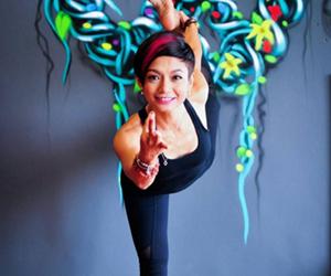 Atilia Akan Buka Studio Yoga Ke-8