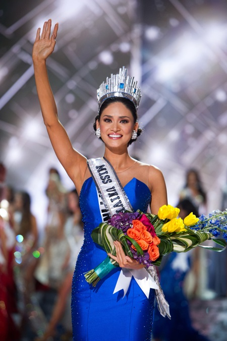 Pia Alonzo Wurtzbach, Miss Philippines is crowned Miss Universe 2015, onstage during the Miss Universe Pageant competition at Planet Hollywood Resort & Casino in Las Vegas, Nevada on December 20, 2015. Photo by Darren DeckerUPI Photo via Newscom