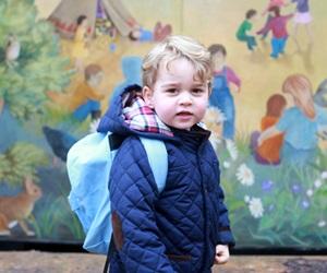 Hari Pertama Putera George Ke Sekolah