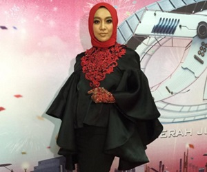 Fara Fauzana Perjelas Isu Pakaiannya Di AJL30
