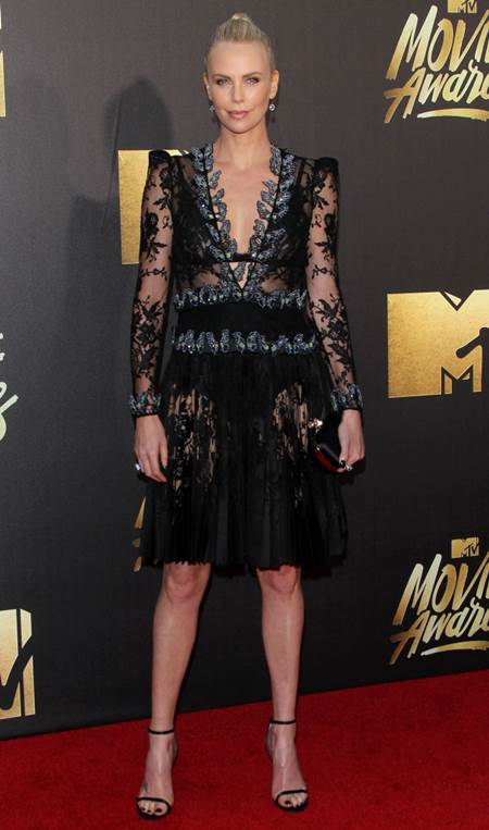 2016 MTV Movie Awards – Red Carpet