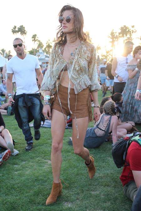 Alessandra Ambrosio at 2016 Coachella week 1 day 1