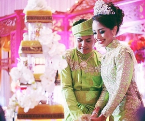 Gambar Mandi Bunga, Akad Nikah dan Majlis Resepsi Hafiz Suip Bersama Isteri