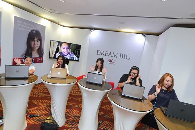 Kanak-kanak Mencabar Wanita Dewasa Untuk Pendam Impian Besar