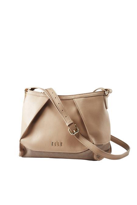 elle_handbags1214