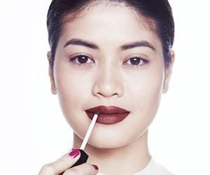 EH! kylie jenner lips