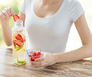 4 Resipi Minuman Detoks Bermanfaat Untuk Menurunkan Berat Badan