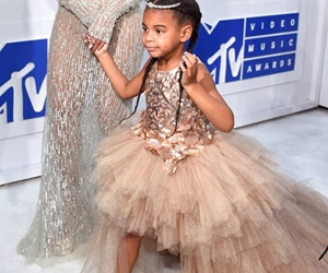 Gaya Anak Selebriti: Blue Ivy VS North West