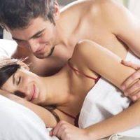Posisi Hubungan Intim Quickie Untuk Pasangan Suami Isteri