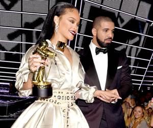 It's Over! Hubungan Rihanna & Drake Berakhir.