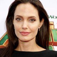 Angelina Jolie Mahu Bawa Anak-anak Pindah Ke London