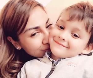 Anak Ning Baizura Lancar Baca Surah Al-Fatihah Meskipun Baru Berusia 3 Tahun