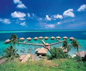 10 Pulau Paling Romantik Dunia Untuk Bulan Madu