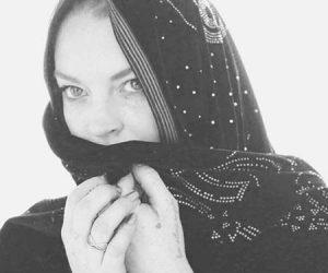Lindsay Lohan Bakal Tampil Dengan Rangkaian Fesyen Hijab Sendiri?