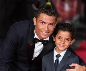 Cristiano Ronaldo Bakal Menimang Anak Kembar Tidak Lama Lagi