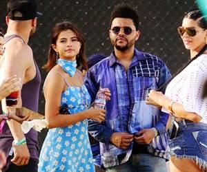 Gaya Pasangan Selebriti Hollywood Hangat Di Coachella 2017