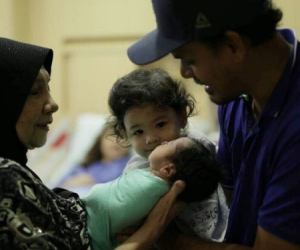 Lisa Surihani Selamat Melahirkan Bayi Lelaki