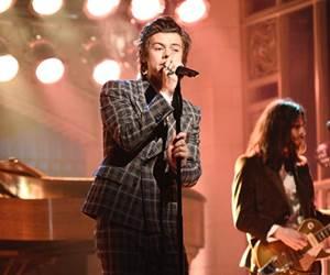 Harry Styles Lancarkan Album Solo