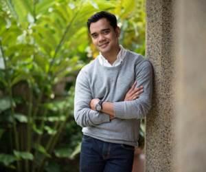 Alif Satar Buka Restoran Yang Menyajikan Santapan Dari Pelbagai Negeri Di Sabah