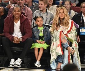 Beyonce Sewa Rumah Bernilai RM2juta Sebulan Demi Anak Kembar