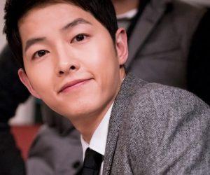 Pavilion Sesak Dengan Peminat Song Joong-ki