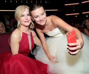 Emmys 2017 : Selfie, Momen Berpelukan Dan Gambar Off-The-Stage Yang Anda Tidak Pernah Lihat