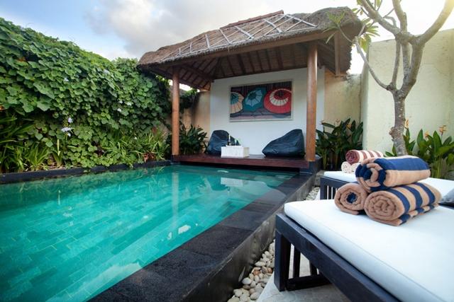 Villa Dua Bilik Tidur Dengan Kolam Renang Peribadi Di Seminyak Bali Boleh Memuatkan Enam Orang Tetamu