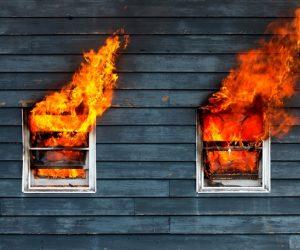 9 Tip Keselamatan Anda Patut Tahu Jika Terperangkap Di Dalam Kebakaran
