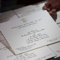 600 Kad Perkahwinan Diraja Putera Harry Dan Meghan Markle Telah Diutuskan Kepada Tetamu Bertuah