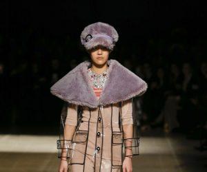 Himpunan Fesyen Plastik Chic