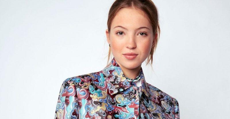 """Tip Fesyen Lily Grace Moss, """"Mixes Menswear"""" Dalam Penggayaan Harian"""