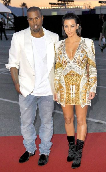 10 Momen Bahagia Kim Kardashian & Kanye West Sebelum Bercerai